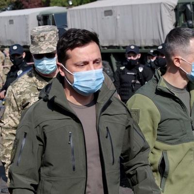 Зеленский посетил курсанта, выжившего в авиакатастрофе Ан-26