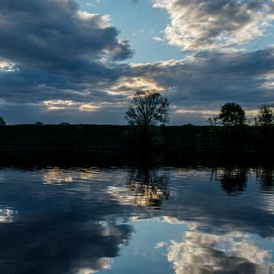 В районе крупнейшего Харьягинского месторождения в НАО обнаружено загрязнение на реке