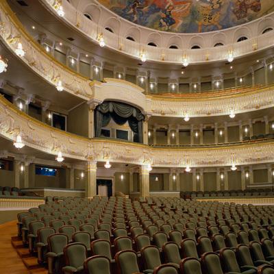 В Москве восстанавливается культурная жизнь