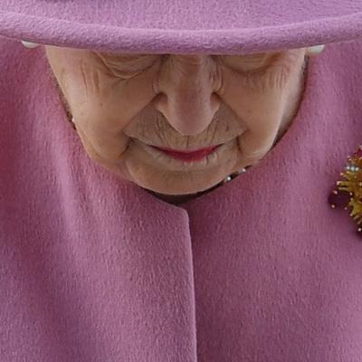 Елизавета II не намерена смотреть интервью принца Гарри и Меган Маркл