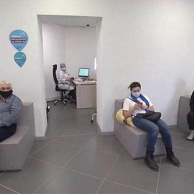 Число подтвержденных случаев заражения коронавирусом в России возросло за сутки на 8 702