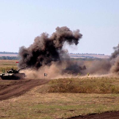 Киев продолжает стягивать к линии соприкосновения в Донбассе новые силы
