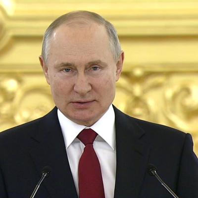 Путин рассказал о скором запуске в оборот четвертой вакцины от коронавируса