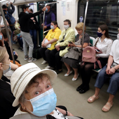 Госпитализация с COVID в Петербурге достигла пика с начала августа