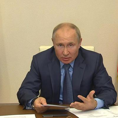 Путин призвал убеждать, а не принуждать россиян вакцинироваться от коронавируса