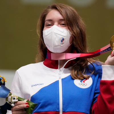 Бацарашкина завоевала золото Олимпиады в стрельбе из пистолета с 25 м