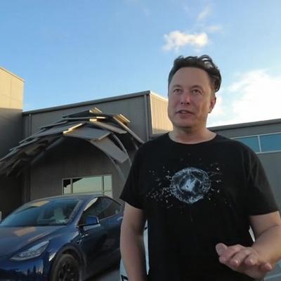 Илон Маск занял первую строчку рейтинга богатейших людей по версии Форбс