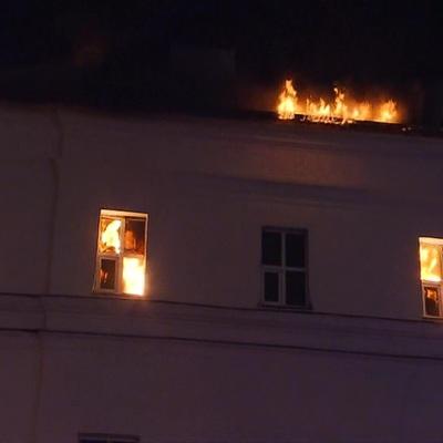 Пожар в здании на территории Военного университета в Москве локализован