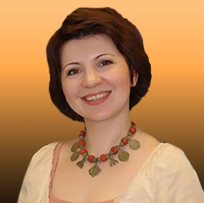 Лена Батинова