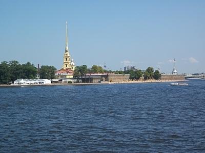 В Петербурге продолжается поэтапное снятие ограничений