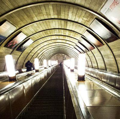 Выявлены многочисленные нарушения безопасности питерского метро