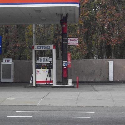 Рост цен на бензин в России носит сезонный характер