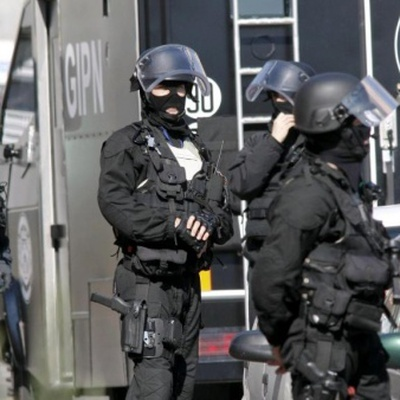 Советник президента Франции избил участника первомайской демонстрации в Париже