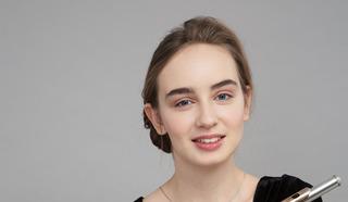 Лауреат международных  флейтовых конкурсов Ульяна Живицкая. Фото Влады Красильниковой