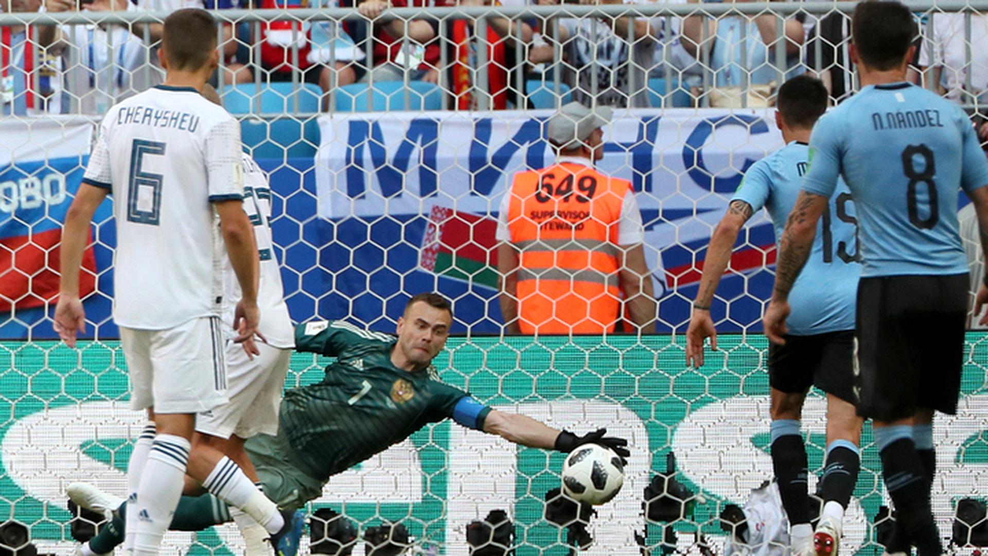 Уругвай – Россия – 2:0. Гости ведут после первого тайма