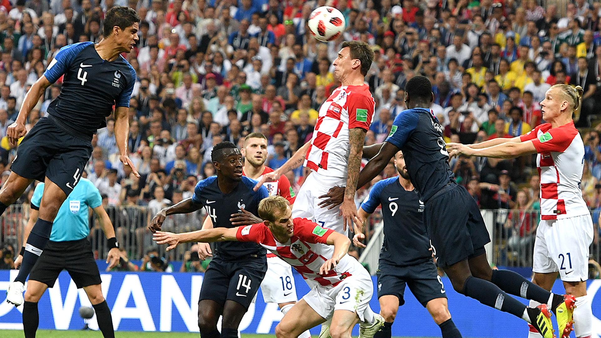 Шевчук: Вважаю, що не потрібно змішувати футбол і політику - изображение 4