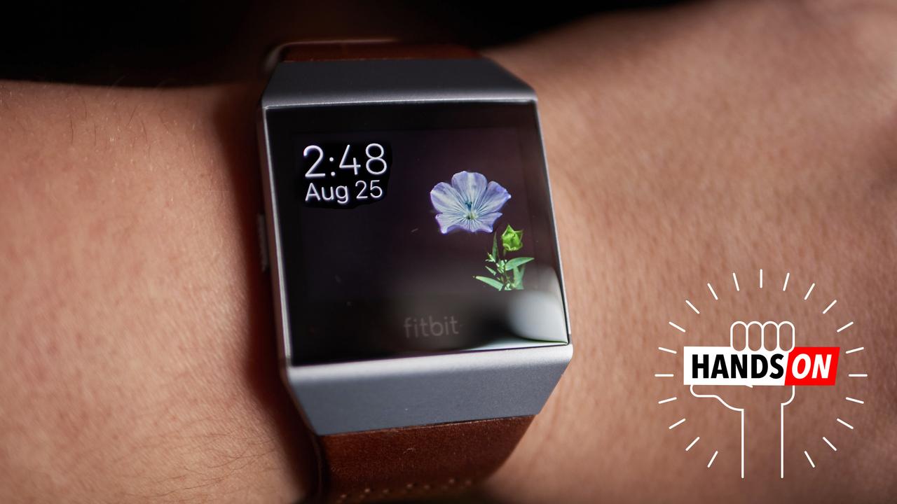 Fitbit представила умные часы Ionic