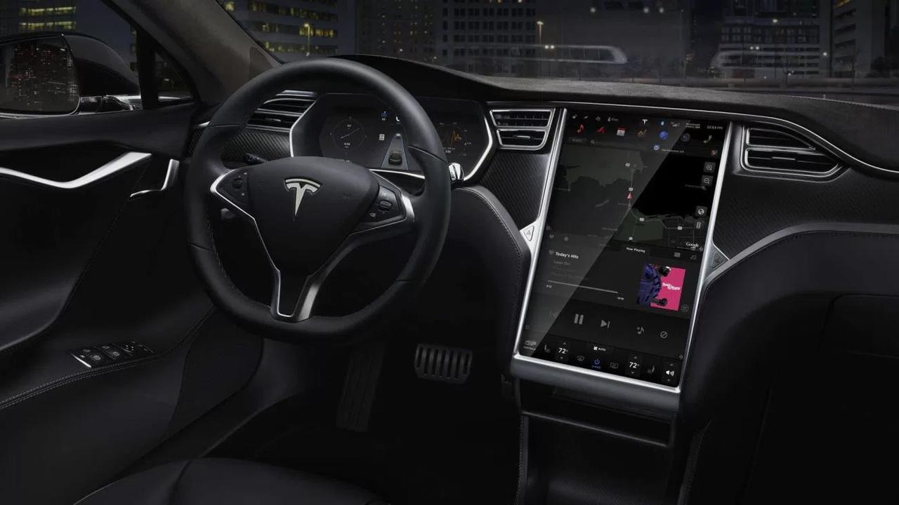 Tesla иAMD разрабатывают чип для автономных авто