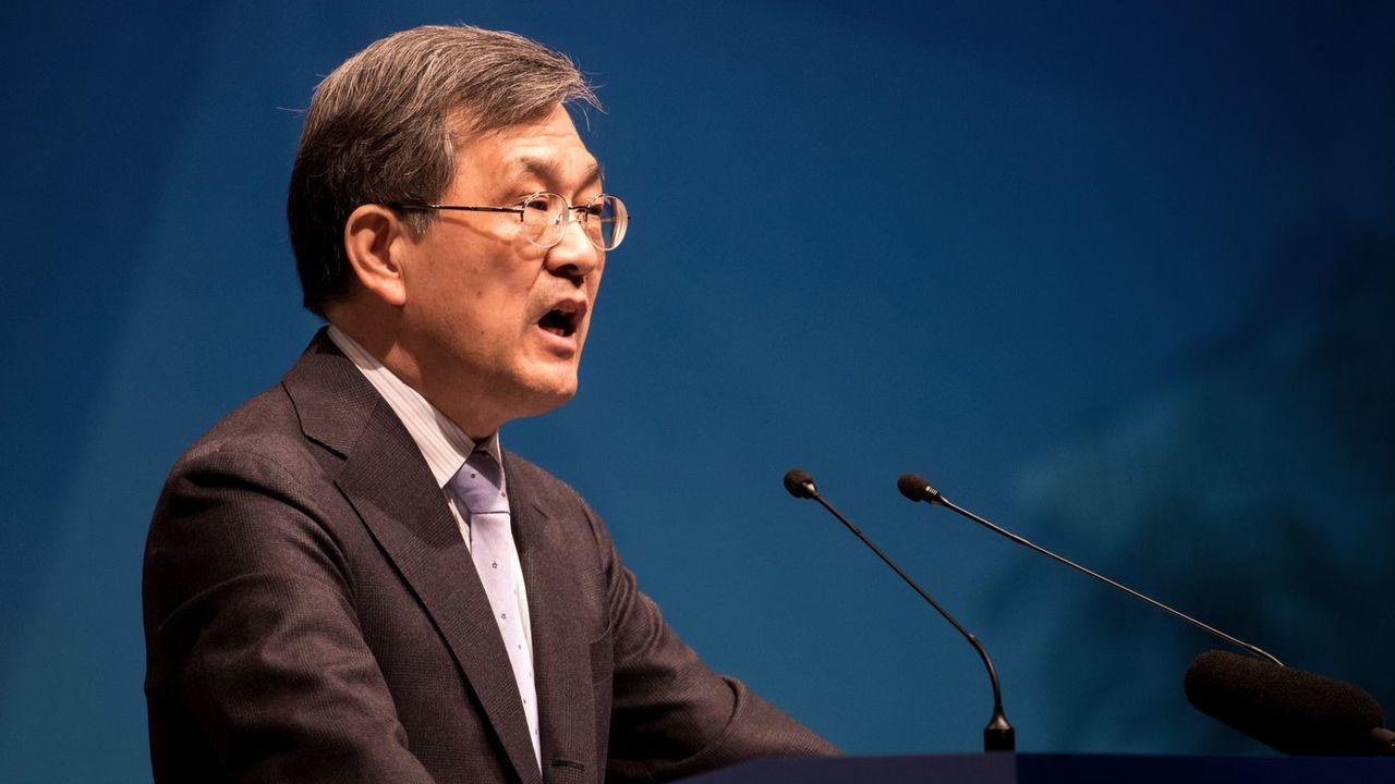 Глава Samsung Electronics уйдет в отставку из-за «беспрецедентного кризиса»
