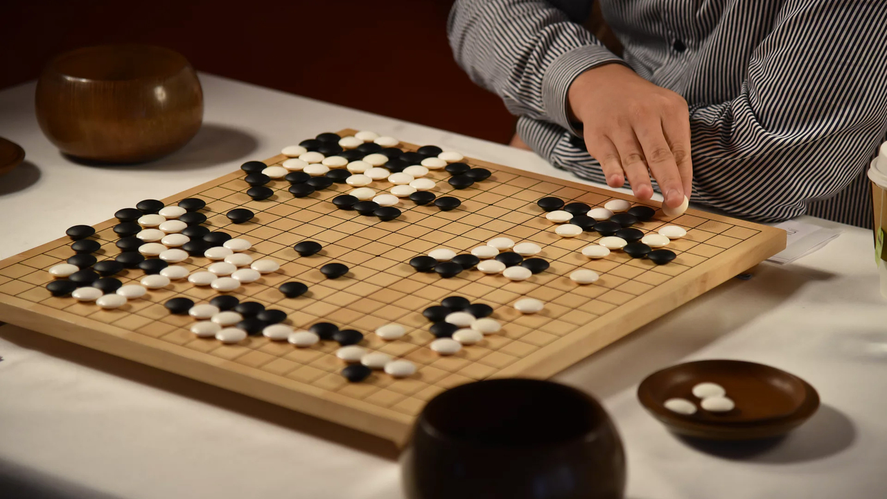 Искусственный интеллект AlphaGo Zero отGoogle способен обучаться без участия людей