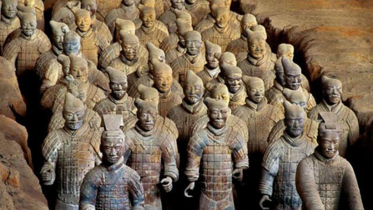 В Китае найдены новые раскрашенные воины Терракотовой армии