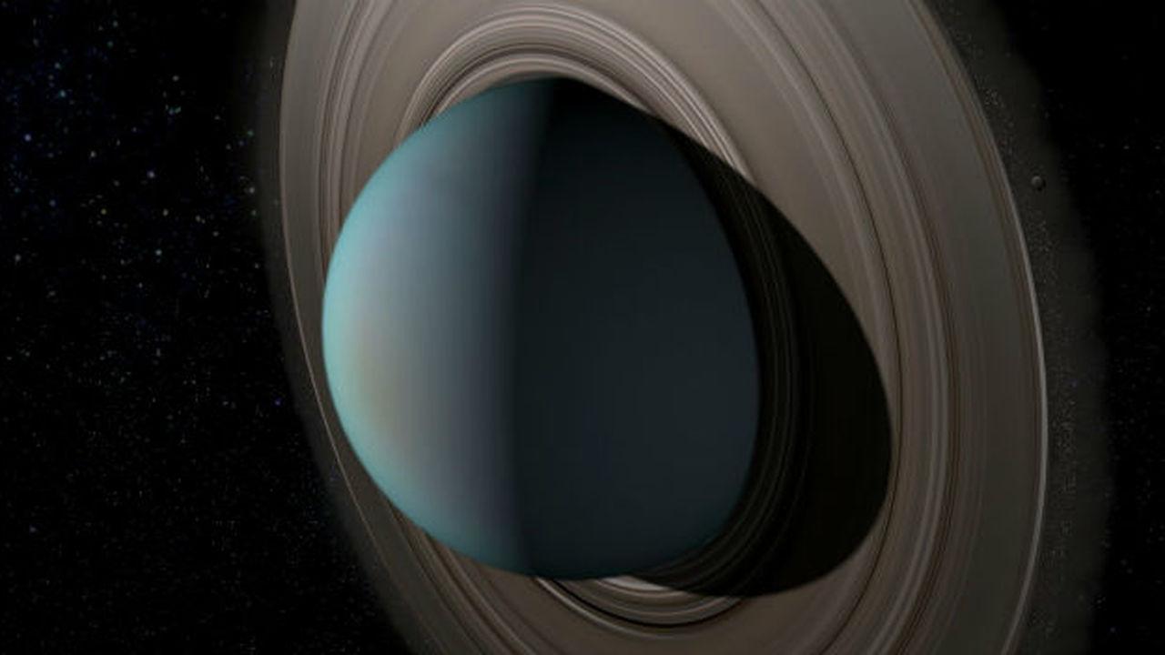 В начале были кольца: до спутников планеты окружал космический мусор
