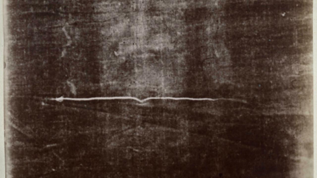 Лик на Туринской Плащанице может быть результатом землетрясения