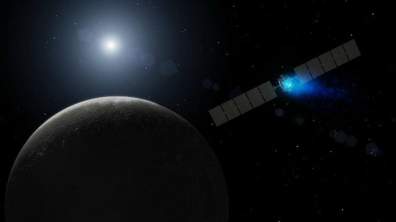 """Космический аппарат """"Рассвет"""" приближается к орбите Цереры"""