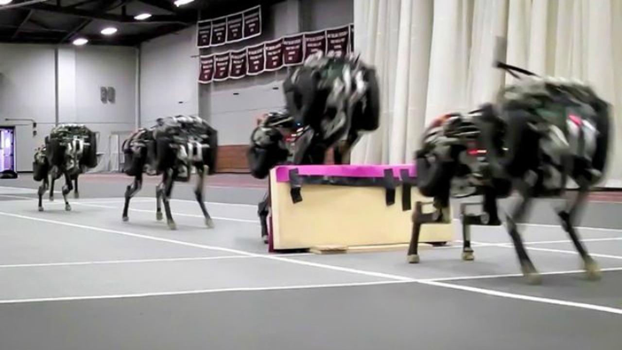 Робот-гепард теперь способен перепрыгивать через препятствия и двигаться автономно