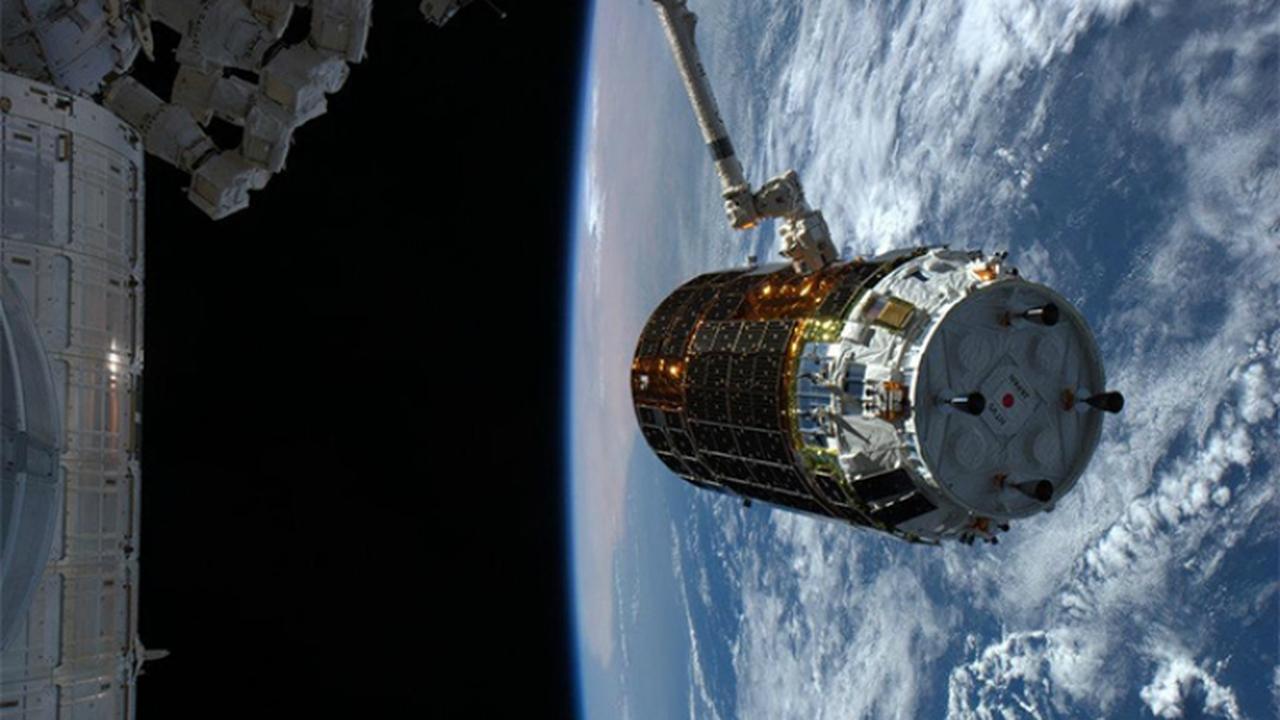 Японцы в научных целях отправили на космическую станцию мини-бар