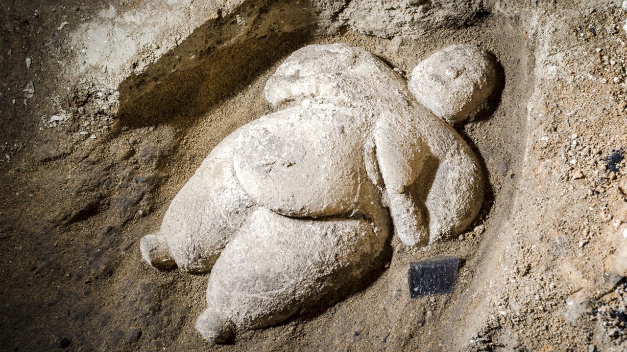Чья-то любимая бабушка? Найдена уникальная статуэтка эпохи неолита