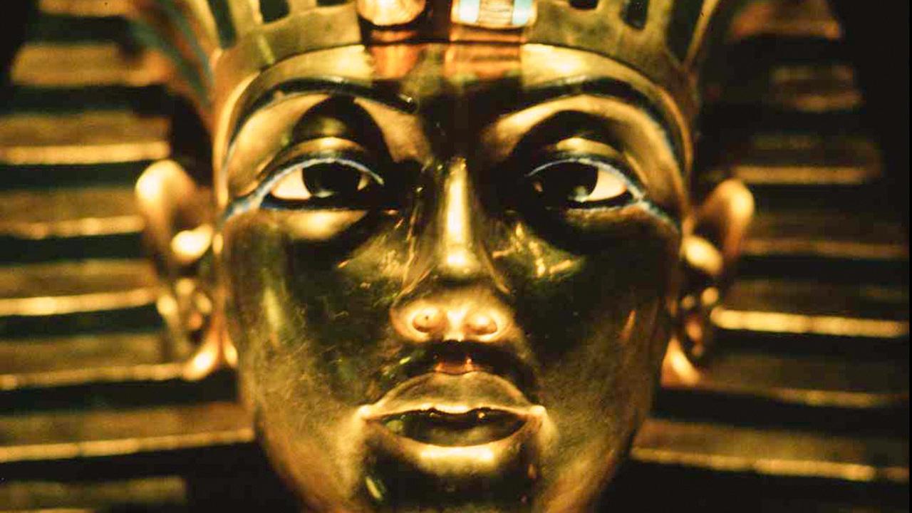 Есть ли в гробнице Тутанхамона тайные комнаты? Ответа осталось ждать недолго