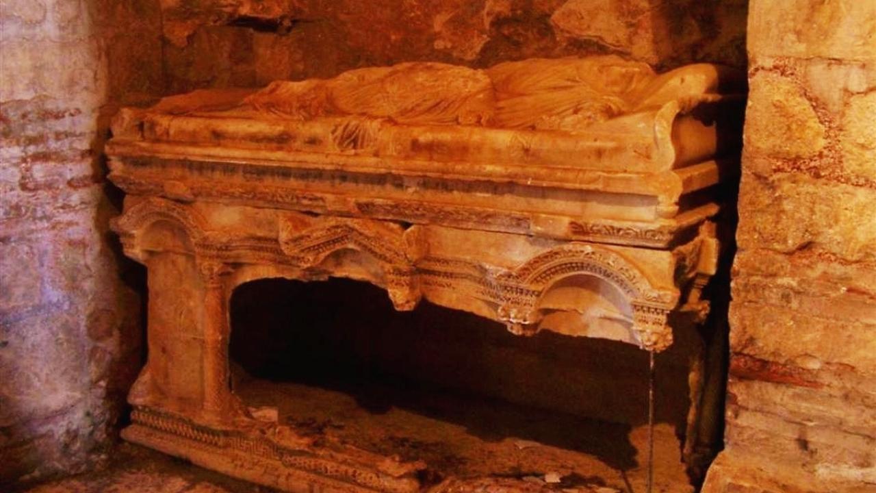 "Могила ""Санта-Клауса""? Археологи обнаружили настоящее захоронение Николая Чудотворца"