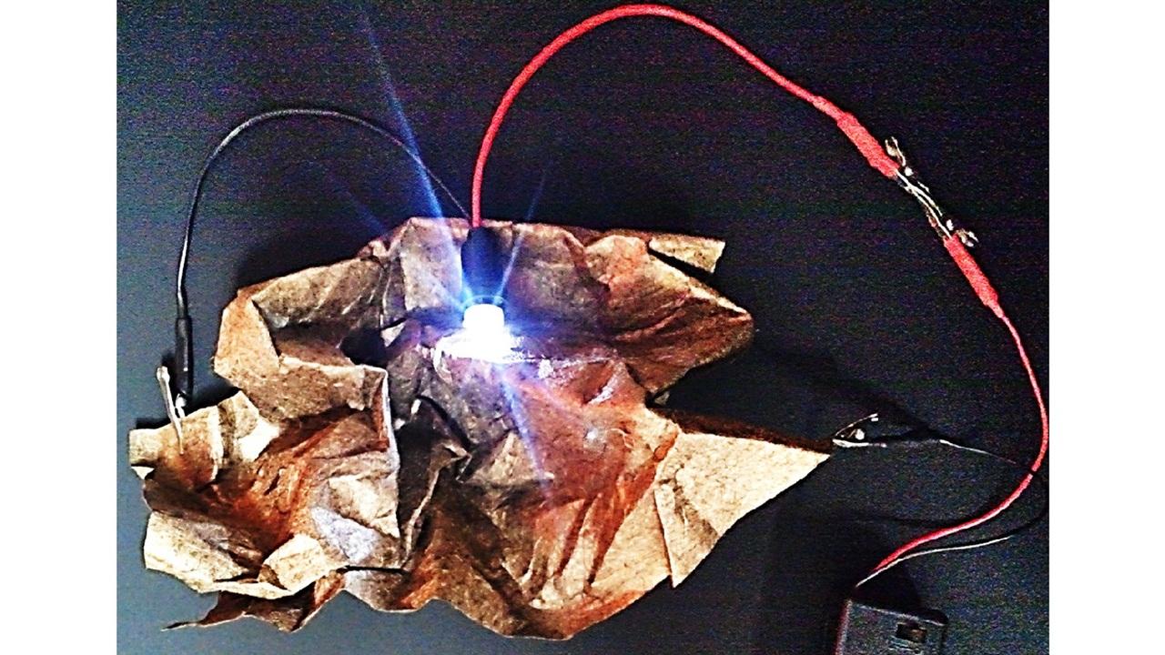 Металлизированная бумага стала основой для гибких суперконденсаторов будущего