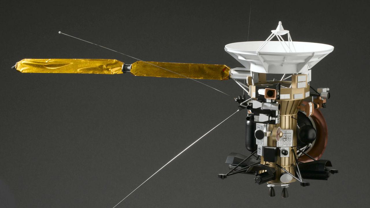 """Агония над Сатурном: инженеры восстановили картину последних секунд """"Кассини"""""""