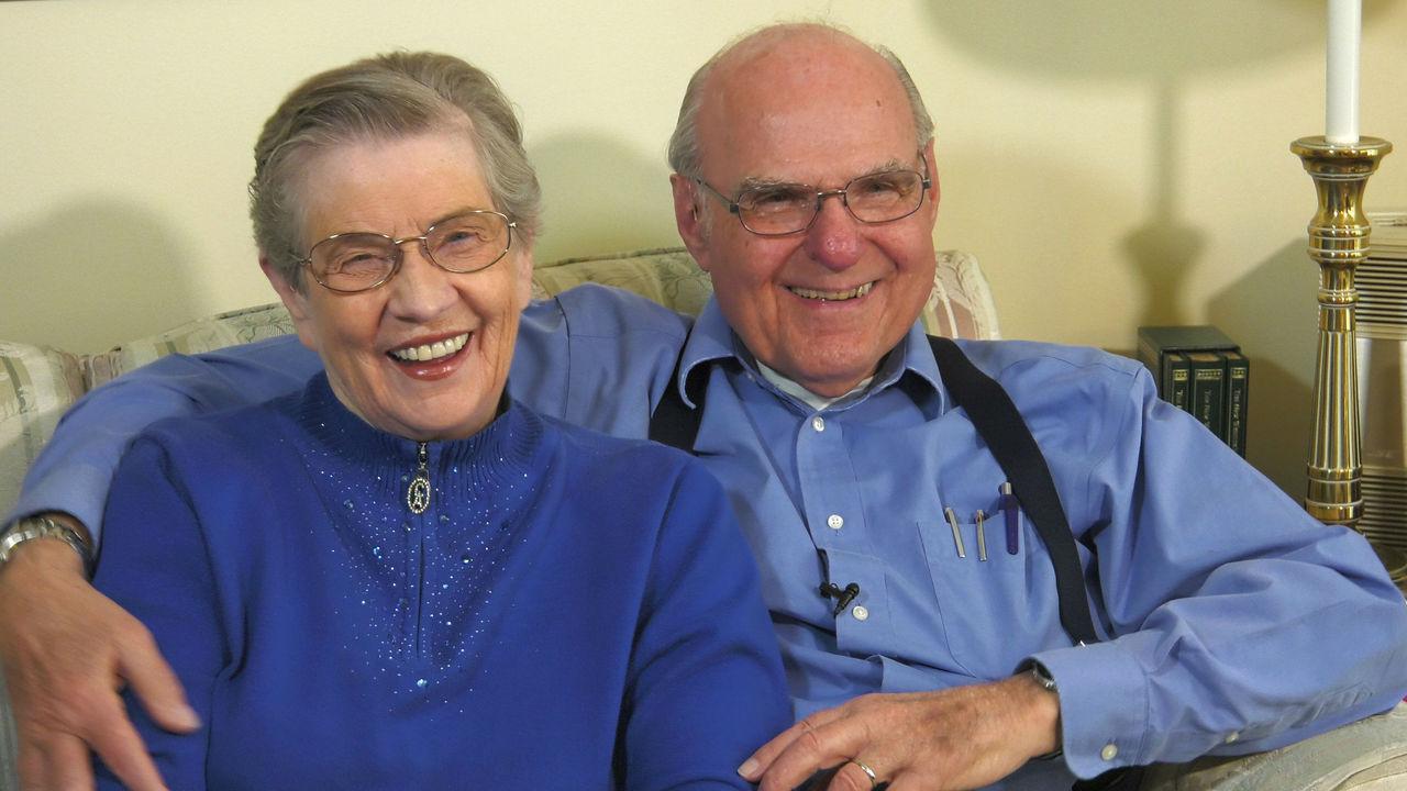 Мозговой имплантат помог пациентам замедлить развитие старческого слабоумия