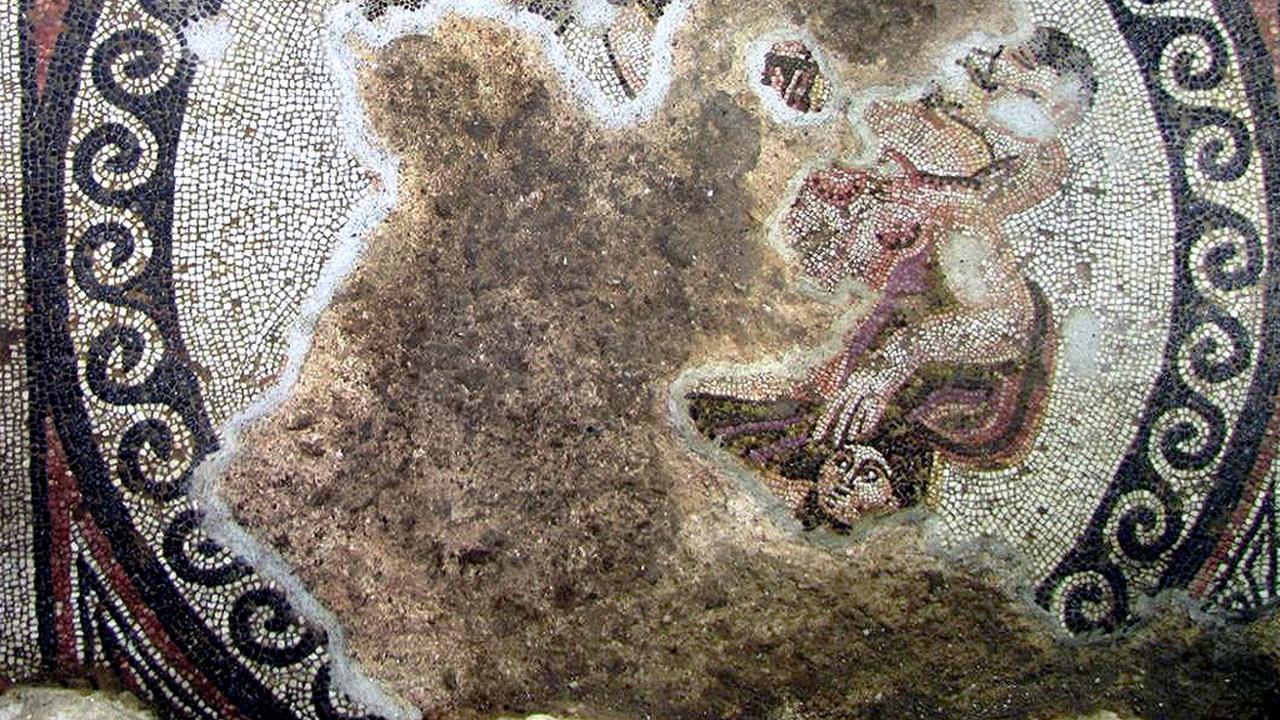 Мозаики, гипокауст, стоа: список элитной древнеримской недвижимости пополнился еще одной виллой