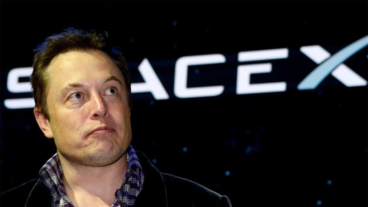 Марс все ближе: Илон Маск показал корпус ракеты Big Falcon Rocket
