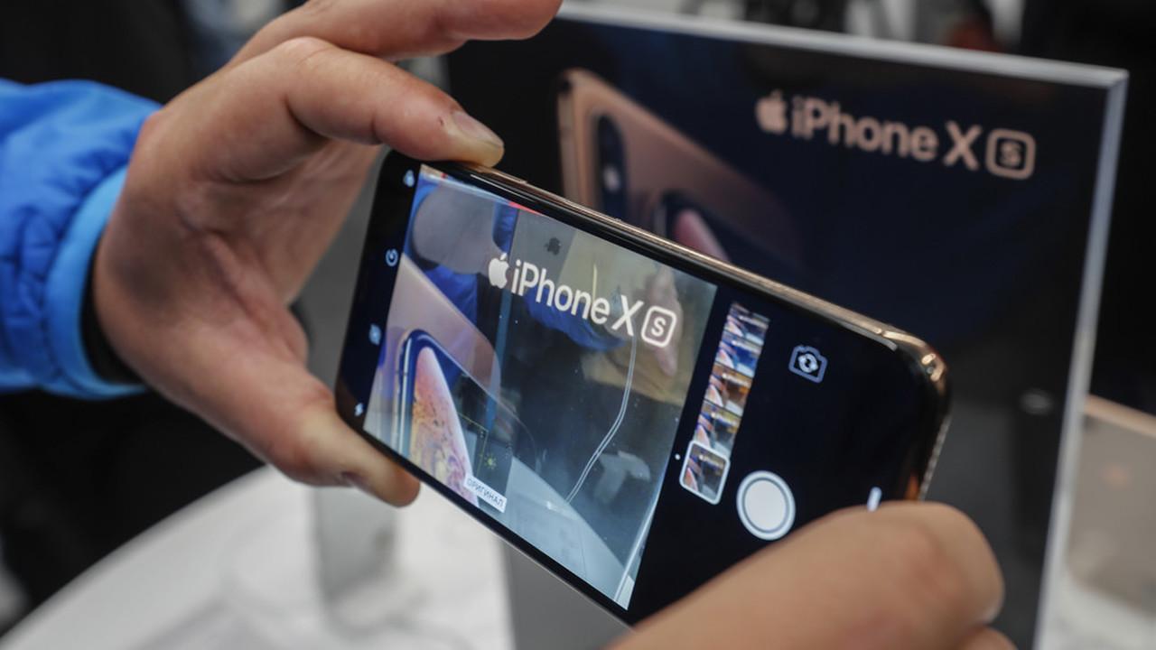 """Bloomberg: iPhone получат тройные камеры в 2019-м, лазерное """"3D-зрение"""" — в 2020-м"""