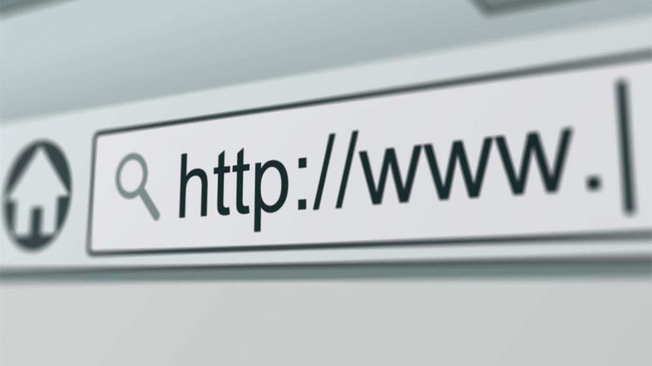 Исследование: на интернет тратится четверть жизни