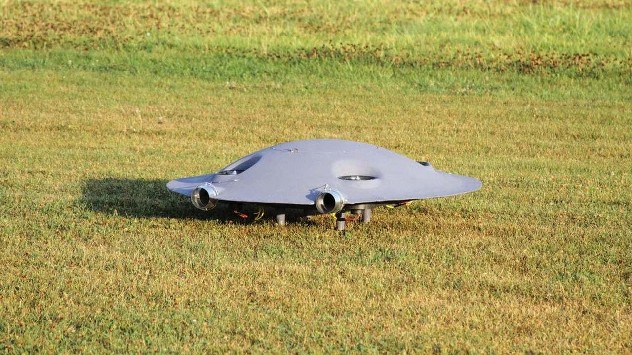 """В Румынии создан прототип сверхзвуковой """"летающей тарелки"""""""