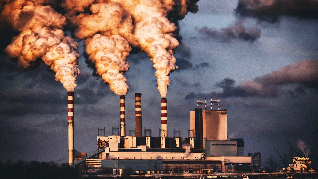 Зафиксирован рекордный уровень углекислого газа за три миллиона лет