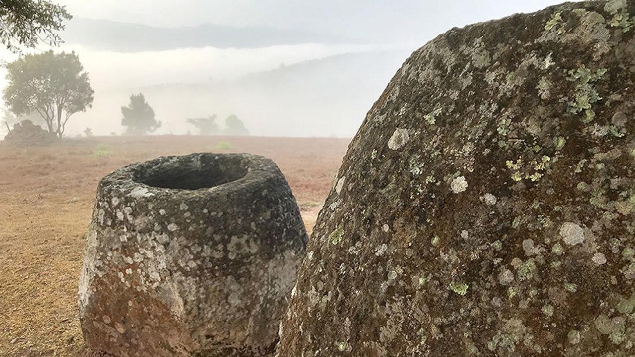 Кувшины для погребения мёртвых? Новые находки в Лаосе озадачили археологов ещё больше