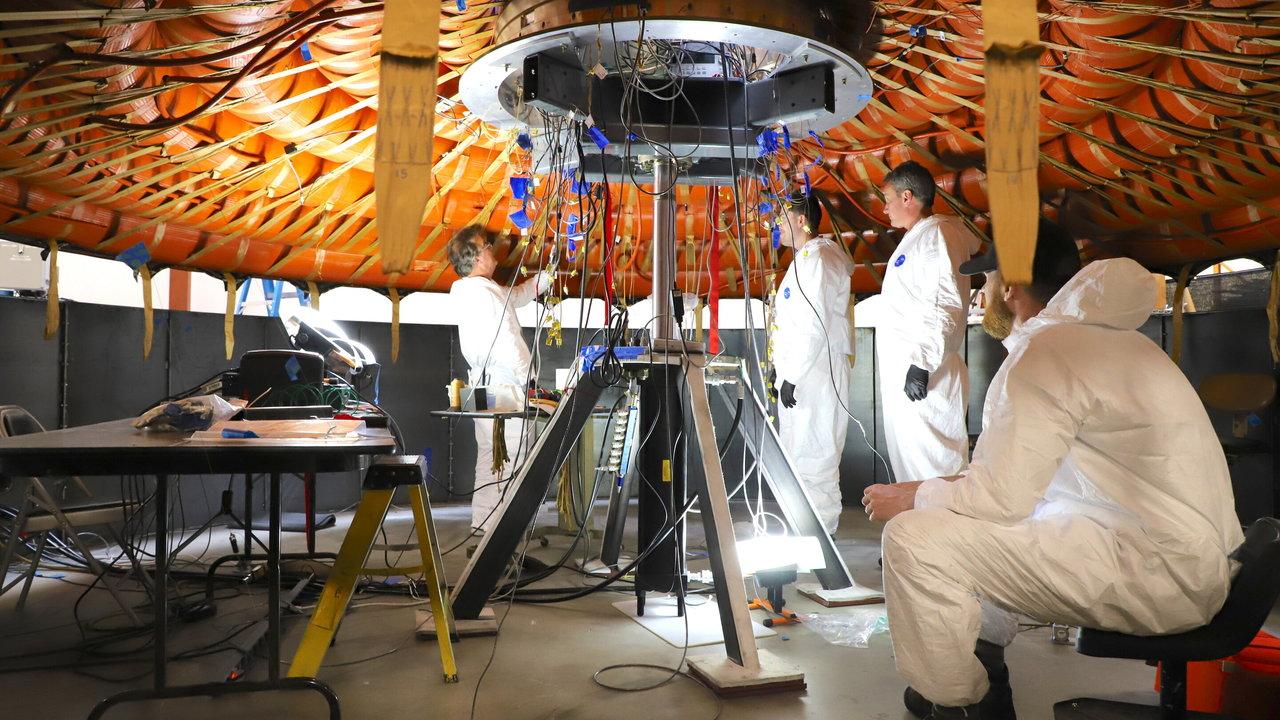"""В NASA испытают надувной """"тормоз"""" для посадки на Марс"""