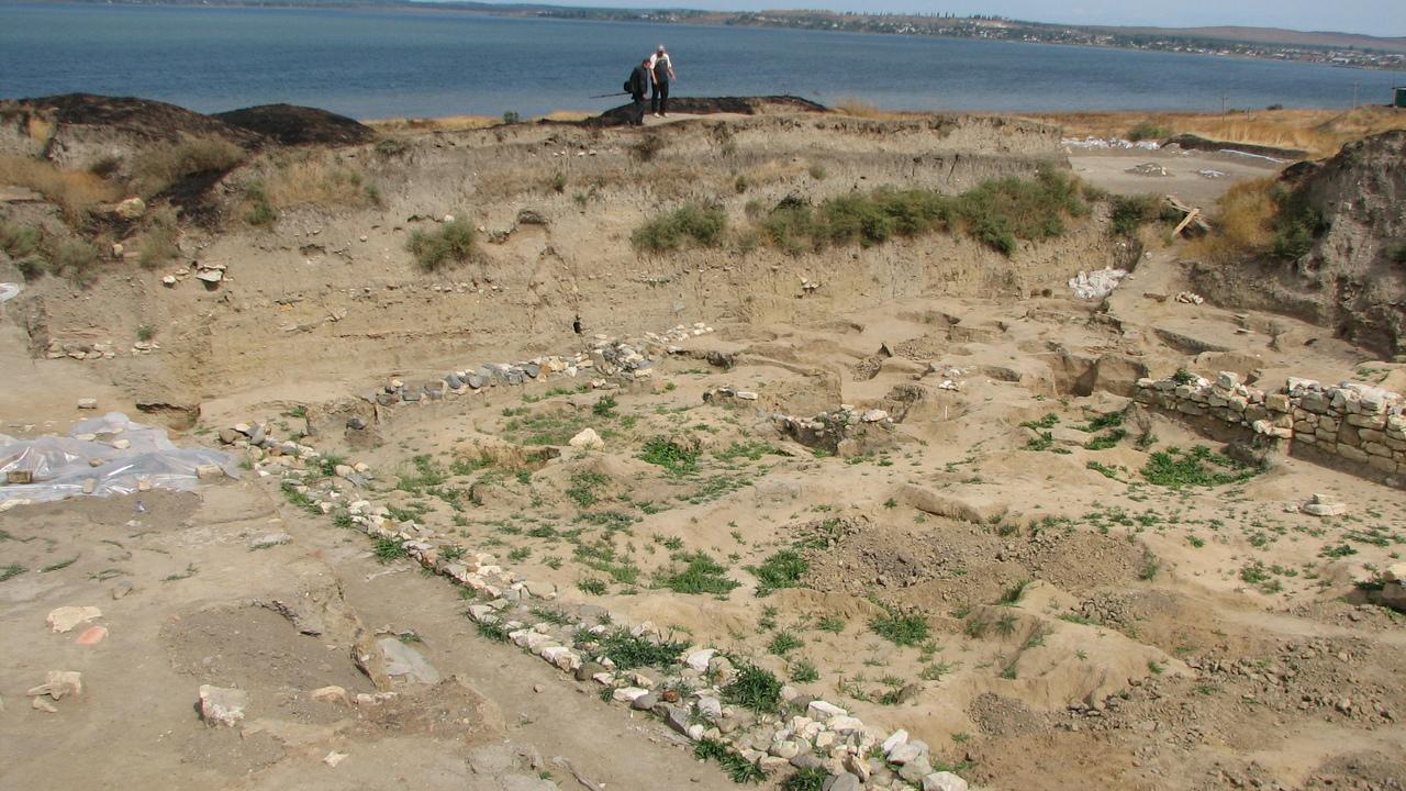 Полторы тысячи лет: найдены фрагменты одного из древнейших храмов в России