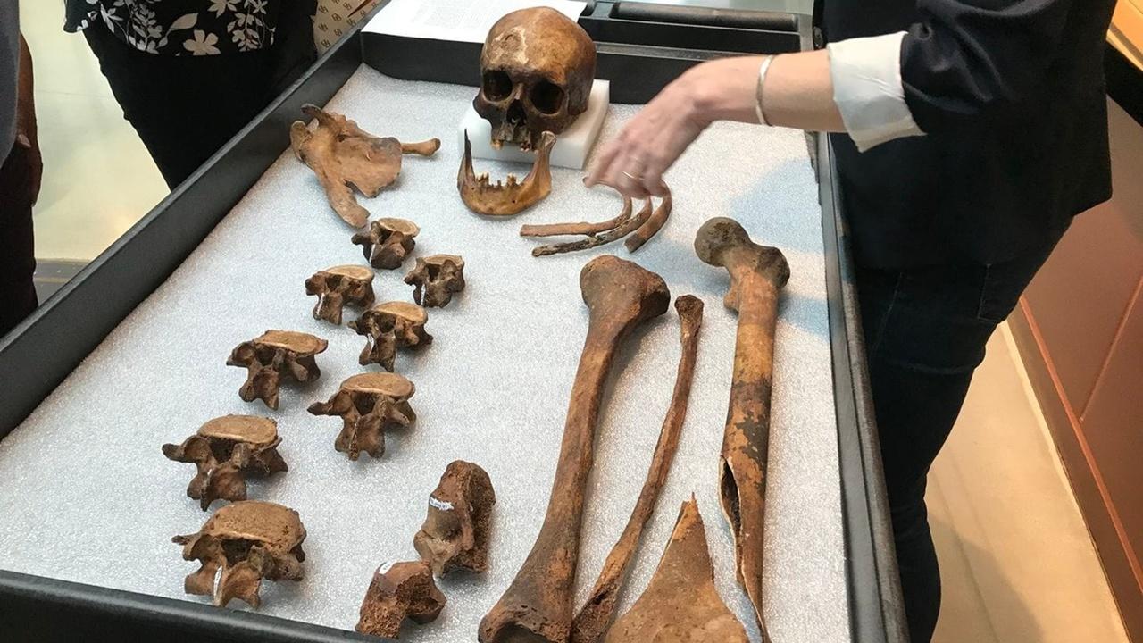 """Личность """"вампира"""", умершего 200 лет назад, установили по ДНК"""