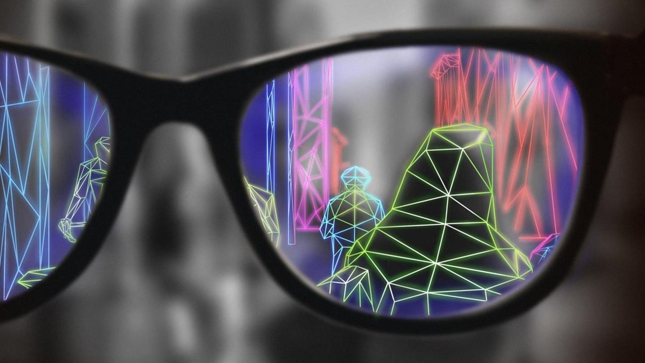 Очки дополненной реальности улучшили возможности слабовидящих людей