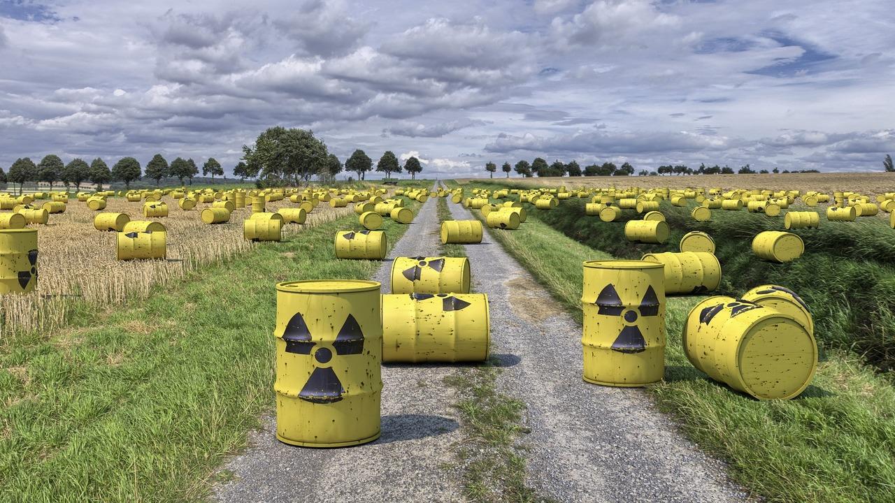 Созданы реактивные микроботы для уборки радиоактивных отходов
