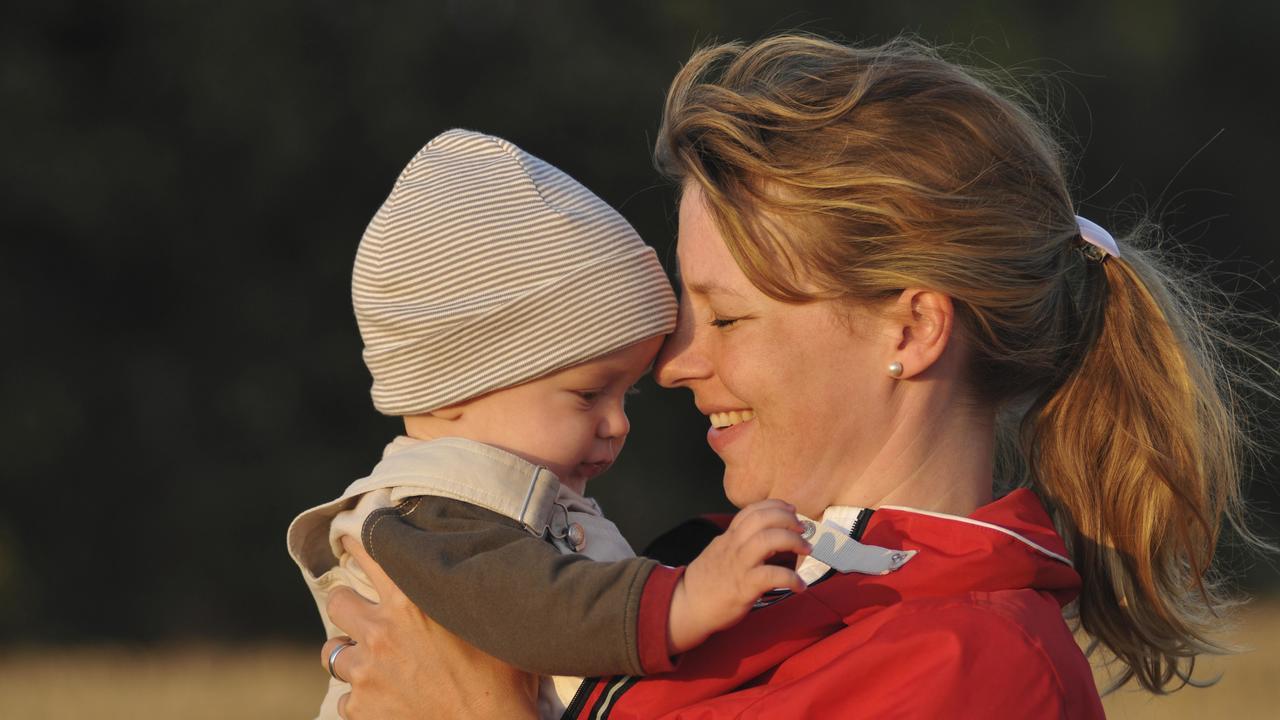 """Спорный проект: Великобритания хочет """"читать"""" ДНК всех новорождённых"""