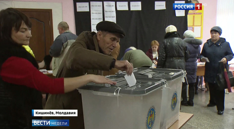 Молдавия выбирает между Додоном и Санду